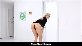 Blonde Teen Hailey Reed Creampie