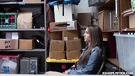 Shoplyfter Kimmy Granger know how it feels getting fuck by a fat cock!