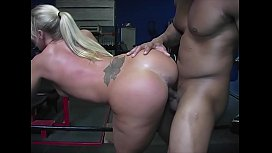 PAWG Slut Railed by Black Bull at the Gym