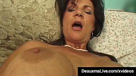 Texas Cougar Deauxma Gets...