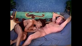 Brunette chick with sexy ass gets cunt slammed by big dong on the sofa