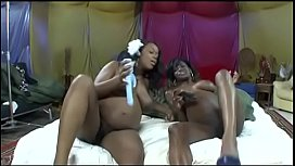 Hot pregnant girls finger and penetrate each other with dildos