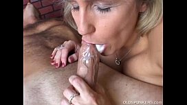 Beautiful beefy old spunker gives an amazing sloppy blowjob