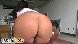 BANGBROS - Sexy MILF With Incredible Big Ass and Big Tits Getting Fucked On Ass Parade!