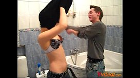 18videoz - Washing clean and...