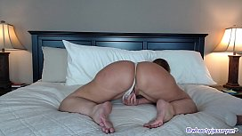 Sexy Mature Fingering Pussy...