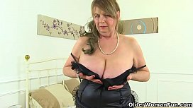 English gilf Elle gets...