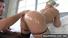 RealityKings - Monster Curves - Veronica...