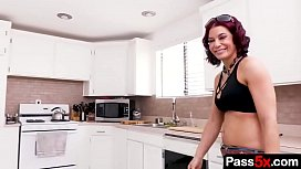 Sexy mom doesn'_t resist sneaky stepson and suck the young cock right there in the kitchen