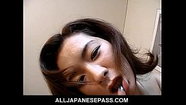 Gorgeous Japanese MiLF in...