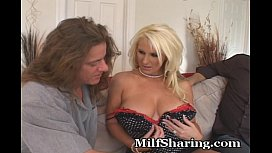 Knockout MILF Shared...