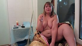 Completely naked bbw smokes...