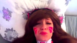 D.va from Overwatch gets fucked FULL VIDEO HERE: http://riffhold.com/1Wp6