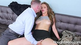 Brooke Lynn Gives Blowjob...