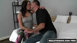 RealityKings - Mikes Apartment - Lick...