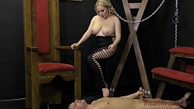Mistress Aiden Starr Ass...