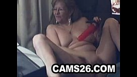 Lovely granny with glasses 1 - Cams26.com