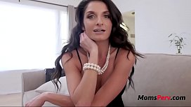 MOM blackmaile dinto FUCKING...