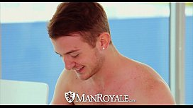 ManRoyale - Archer tests his...