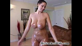 Gianna michaels - oiled up...