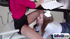 Teacher pussy licked by teen student while shes on the phone
