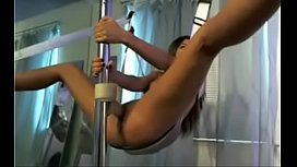 Wild teen does an acrobatic dildo ride on a sex swing - tubeempire.site