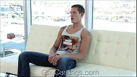 GayCastings Tall muscular bisexual...