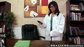 Brazzers - Doctor Adventures - Crotch...