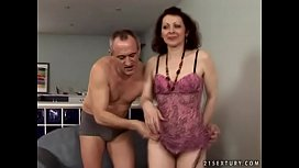 Hairy mama gets her...