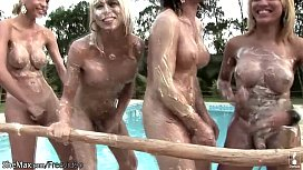 Four trannies get messy...