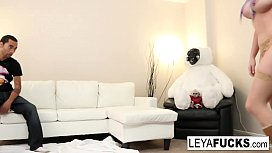 Leya squeezes cum from...