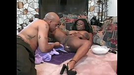 Black hunk shaves babe'_s hairy pussy and gives her a good lick