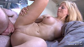 Amateur busty french mom...