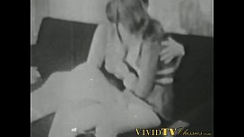 Retro babe sucks big dick before it smashes her hairy pussy