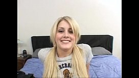 hot young teen!!!!!!!!! But, what's her name???
