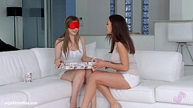 Christmas came late - lesbian scene with Henessy and Stella Cox by SapphiX