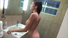 Mom Asks Son to Take Nude Pictures - Heather Vahn - Family Therapy