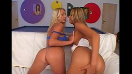 Monica Sweetheart, Sue Diamond...