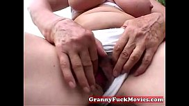 Dirty granny toy fucking...