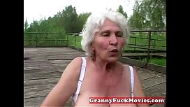 Dirty granny toy fucking her old hairy slit