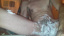 Getting off while shaving hairy Bush and anal