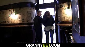He picks up big tits boozed old woman in the bar