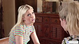 Lesbian college girls lick each other out - Chloe Cherry and Jane Wilde