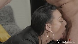 MOM Squirts her delicious...