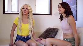 Spring break lesbian sex with college girls - Elsa Jean, Scarlett Sage and Lena