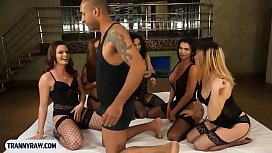 Tranny gangbang with 5...