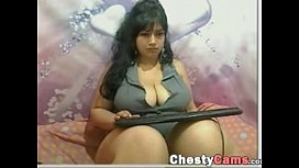 BBW milf latina shows...
