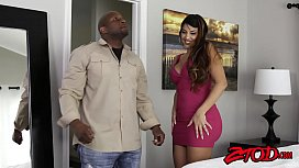 Bubble booty MILF Mercedes Carerra bouncing on BBC