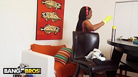 BANGBROS - Thicc and Juicy Black Maid Arianna Knight Sucks And Fucks For Extra Money