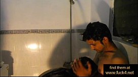 Indian amateur couple shower...